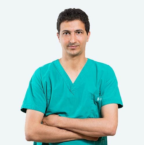 Dott. Samer Abusaa, surgeon specialising in the PBS technique to treat hallux valgus.